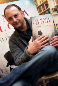 "alt=""Felix J. Palma, javierpellicerescritor.com"""
