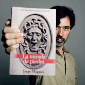 """alt=""""Jorge Magano, ganador concurso Amazon, la mirada de piedra, javierpellicerescritor.com"""""""